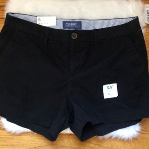 Old navy black every day short sz 6 NWT